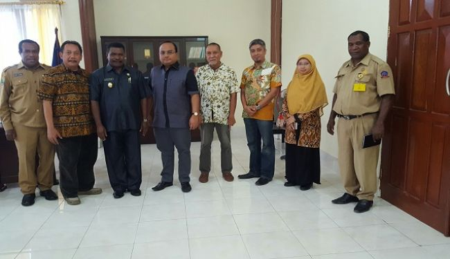 Lemtek UI Visited To South Sorong In West Papua 5